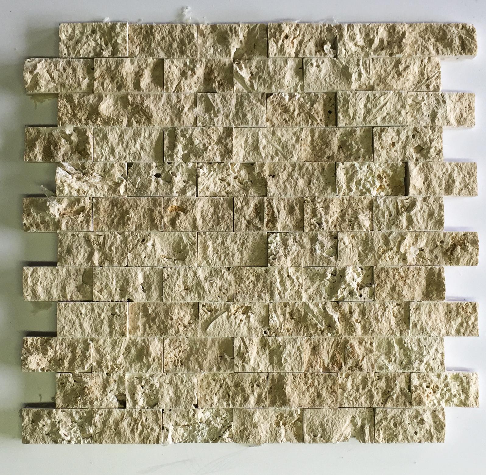 "Light (Chiaro / Ivory) Split Face Brick - 1"" x 2"" Image"
