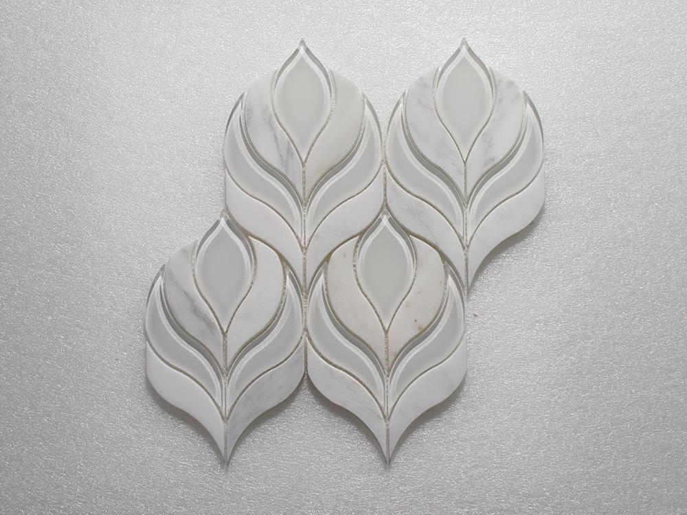 "WJ 929 Botanica Arabescato P. & White Glass Clear 10.25"" x 9.75"" Image"